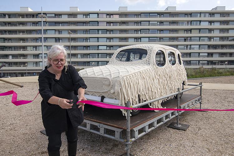 CAR ART - 1 expositie, 12 openingen